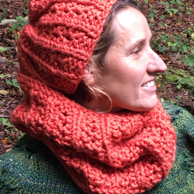 freyja hat and snood